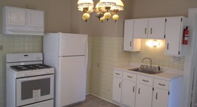 Similar Apartment at 3138 North Holton Street