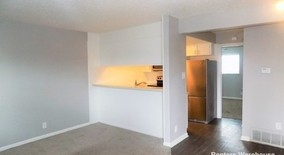 Similar Apartment at 2205 Muroc St Apt 102