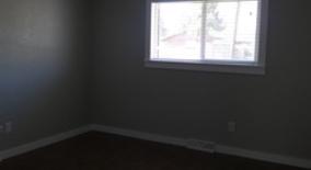 Similar Apartment at 6774 W 58th Pl