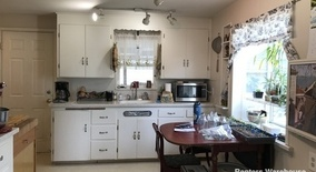 Similar Apartment at 10523 Evanston Ave N