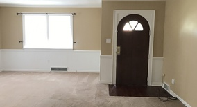Similar Apartment at 412 W Main St