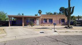 Similar Apartment at 2432 W. Las Lomitas