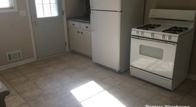 Similar Apartment at 4534 Washington St Ne