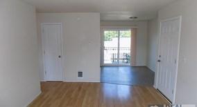 Similar Apartment at 9815 Se Division St