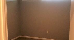 Similar Apartment at 4100 Lindell, #304