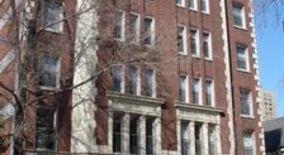 Similar Apartment at 440 W Barry 508