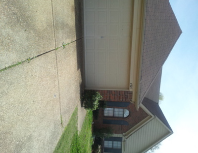3 Bedrooms 2 Bathrooms House for rent at 6905 Pleasantwood Rd in Memphis, TN