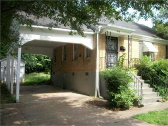 2 Bedrooms 1 Bathroom House for rent at 1898 N Graham in Memphis, TN