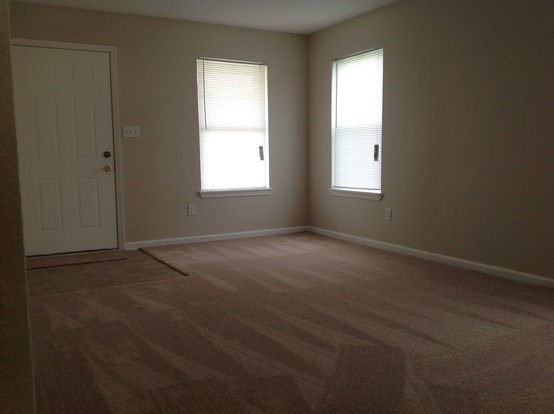 3 Bedrooms 2 Bathrooms House for rent at 10510 Candy Apple Lane in Indianapolis, IN