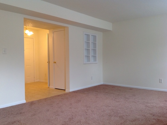 3 Bedrooms 2 Bathrooms House for rent at 5443 Bluff View Boulevard in Indianapolis, IN