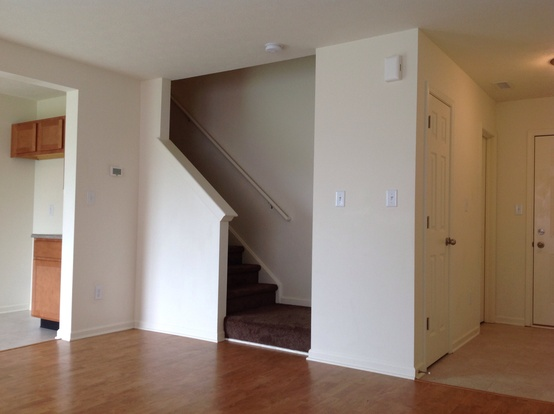 4 Bedrooms 2 Bathrooms House for rent at 3221 Danube Way in Indianapolis, IN