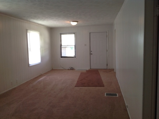 2 Bedrooms 1 Bathroom House for rent at 945 N Livingston Avenue in Indianapolis, IN