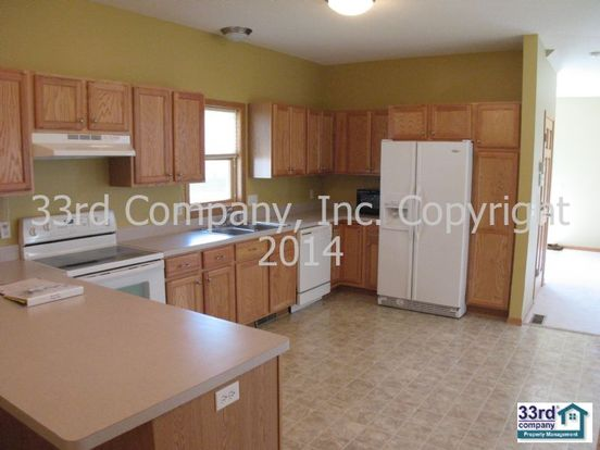 3 Bedrooms 2 Bathrooms House for rent at 3014 39th Street East in Minneapolis, MN