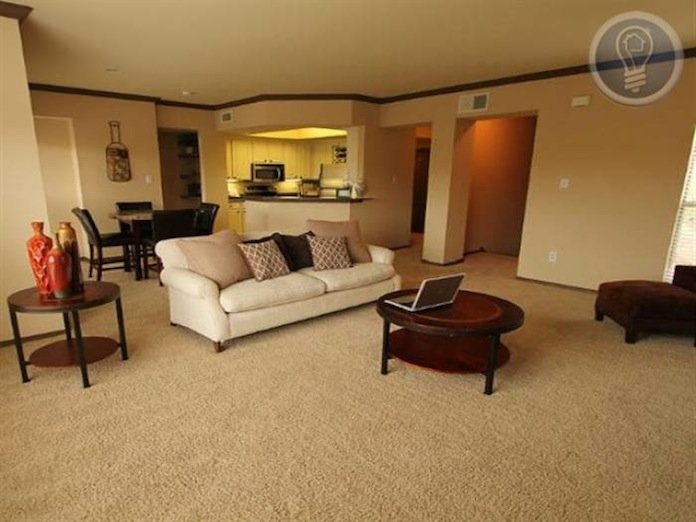 2 Bedrooms 2 Bathrooms House for rent at 2801 Barton Creek Blvd in Austin, TX