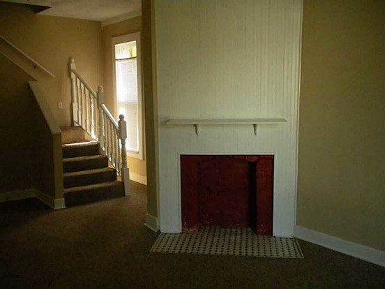 3 Bedrooms 2 Bathrooms House for rent at 615 Cottage Ave in Indianapolis, IN