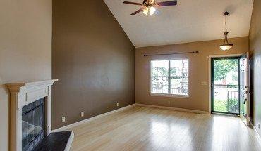 Similar Apartment at 2208 Bryce Cv