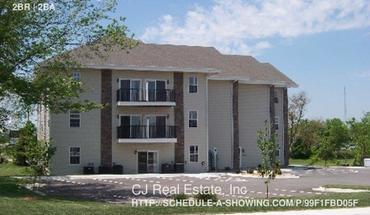 Similar Apartment at 926 Ne Deer Creek Dr