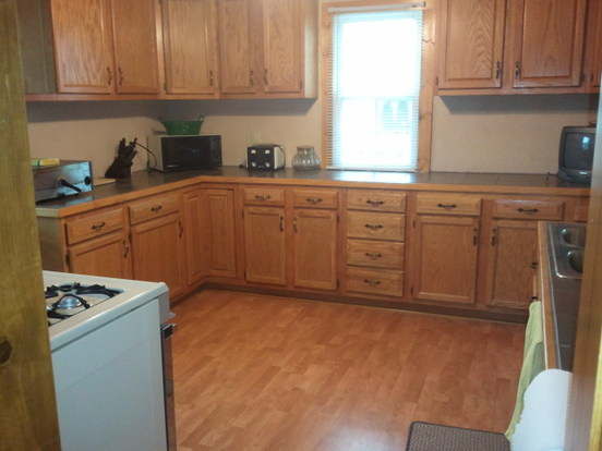4 Bedrooms 1 Bathroom House for rent at 1342 Bent Ave in Oshkosh, WI