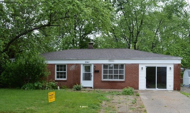 3 Bedrooms 1 Bathroom House for rent at 2541 N Aurie Dr in Indianapolis, IN