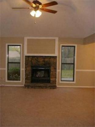 3 Bedrooms 2 Bathrooms House for rent at 6356 in Memphis, TN