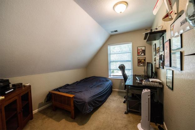 3 Bedrooms 2 Bathrooms House for rent at 1865 S Gilpin St in Denver, CO