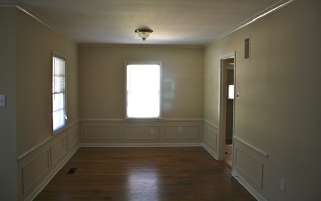 3 Bedrooms 1 Bathroom House for rent at 1630 Mt Moriah in Memphis, TN