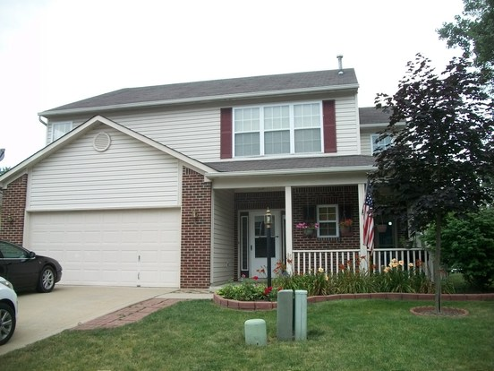 3 Bedrooms 2 Bathrooms House for rent at 5911 Draycott Drive in Indianapolis, IN