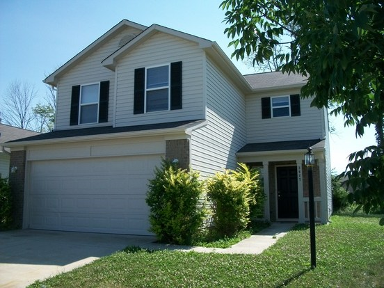 4 Bedrooms 2 Bathrooms House for rent at 3827 Candle Berry Drive in Indianapolis, IN