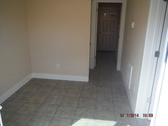 2 Bedrooms 2 Bathrooms House for rent at 3016 60th Ave Sw in Seattle, WA