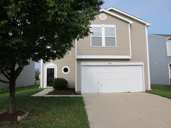 3 Bedrooms 2 Bathrooms House for rent at 1954 Angel Tear Court in Indianapolis, IN