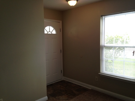 3 Bedrooms 2 Bathrooms House for rent at 1424 Alonzo Place in Indianapolis, IN