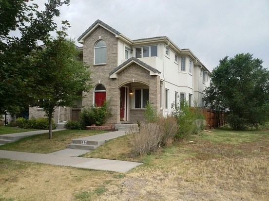 4 Bedrooms 3 Bathrooms House for rent at 258 S Monroe in Denver, CO