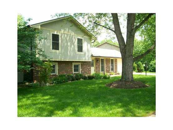 4 Bedrooms 2 Bathrooms House for rent at 8649 Fox Ridge Lane in Indianapolis, IN