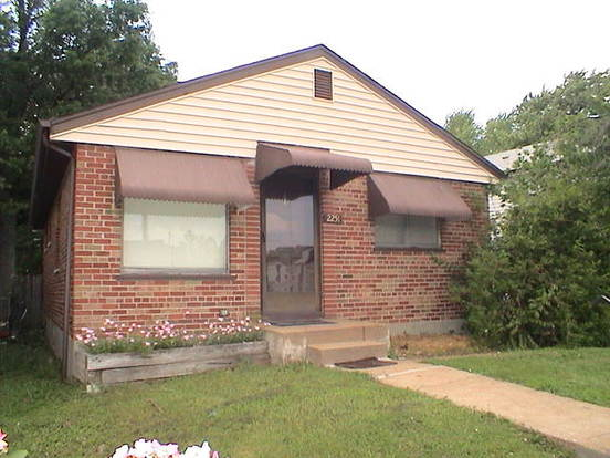 2 Bedrooms 1 Bathroom House for rent at 2251 Richert in St Louis, MO