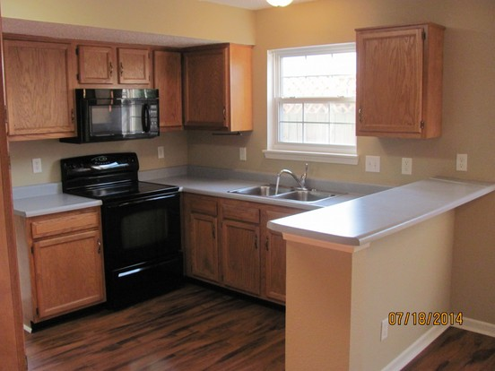 4 Bedrooms 2 Bathrooms House for rent at 5918 Prairie Meadow Dr in Indianapolis, IN