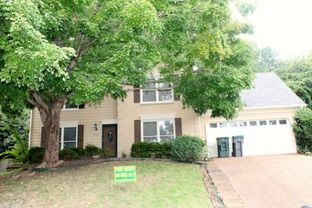 4 Bedrooms 2 Bathrooms House for rent at 8526 Timber Walk Cv in Memphis, TN