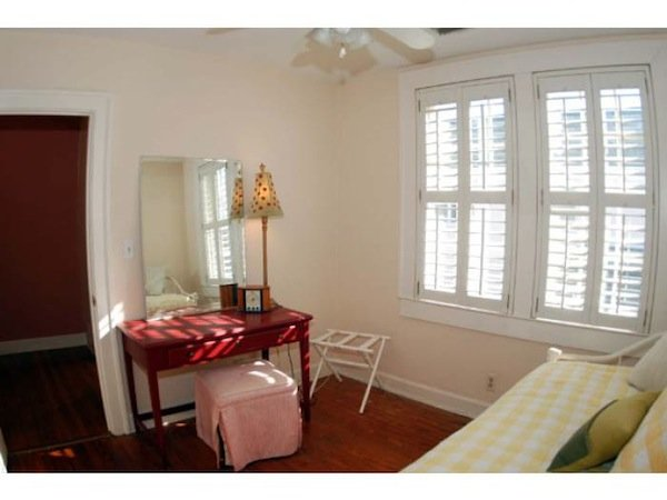 2 Bedrooms 1 Bathroom House for rent at 37 Ashley Ave in Charleston, SC