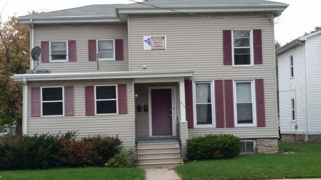 4 Bedrooms 1 Bathroom House for rent at 615 A Wisconsin St. in Oshkosh, WI