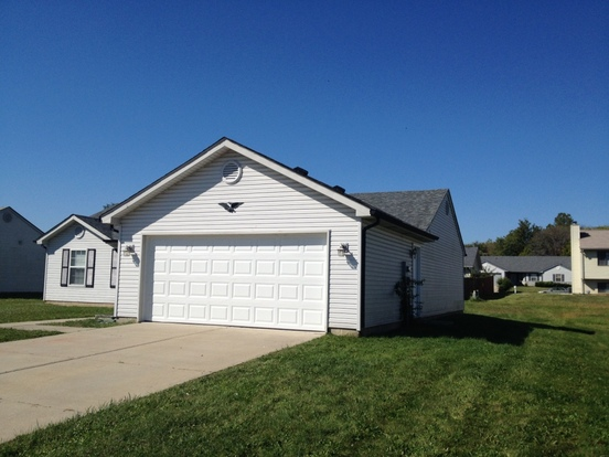 4 Bedrooms 2 Bathrooms House for rent at 3302 Moccasin Court in Indianapolis, IN