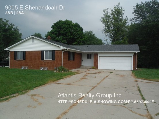 3 Bedrooms 2 Bathrooms House for rent at 9005 E Shenandoah Dr in Indianapolis, IN
