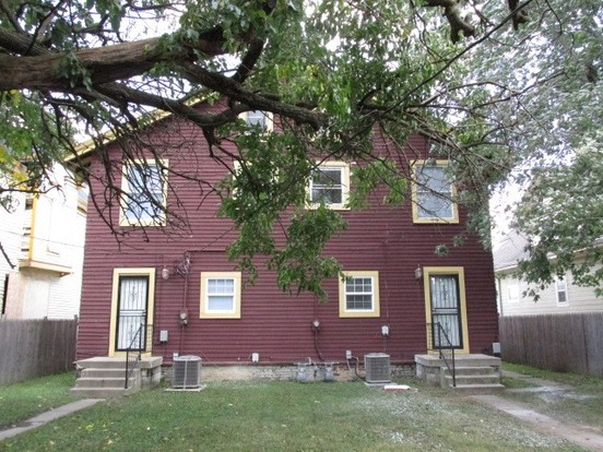 3 Bedrooms 2 Bathrooms House for rent at 2456 N College Ave in Indianapolis, IN