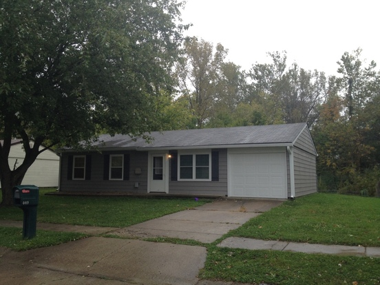 3 Bedrooms 1 Bathroom House for rent at 4419 Phoenix Drive in Indianapolis, IN