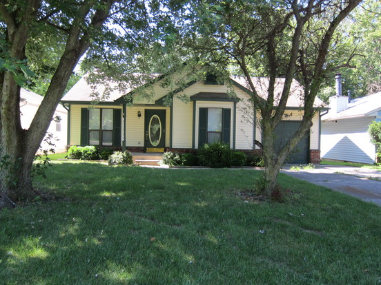 3 Bedrooms 1 Bathroom House for rent at 3713 E Stop 11 Road in Indianapolis, IN
