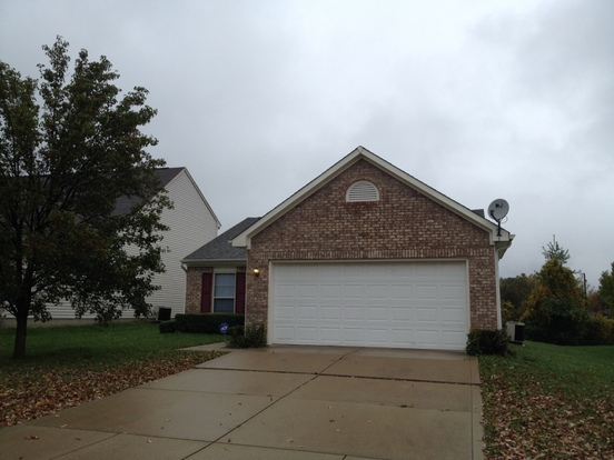 3 Bedrooms 2 Bathrooms House for rent at 6134 Lake Freeman Drive in Indianapolis, IN