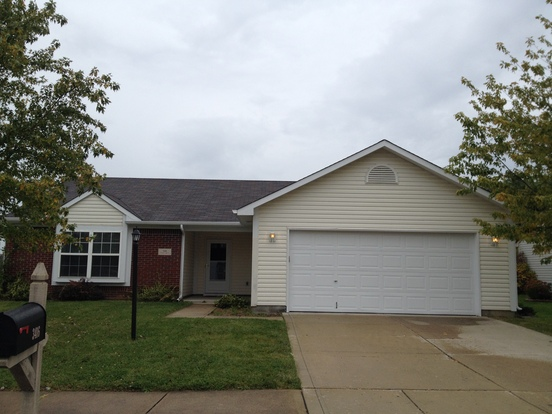 3 Bedrooms 2 Bathrooms House for rent at 3416 Tupelo Drive in Indianapolis, IN