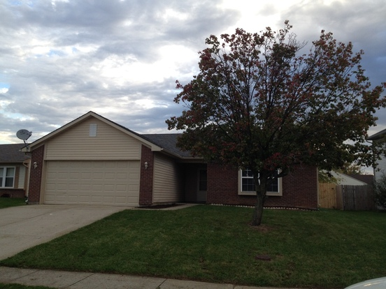 3 Bedrooms 2 Bathrooms House for rent at 6411 River Run Drive in Indianapolis, IN