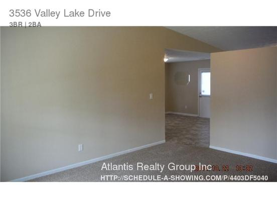 3 Bedrooms 2 Bathrooms House for rent at 3536 Valley Lake Drive in Indianapolis, IN