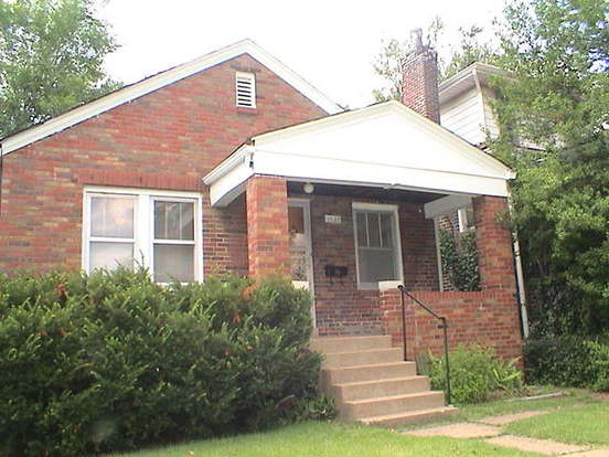 3 Bedrooms 1 Bathroom House for rent at 1527 Gregg in St Louis, MO