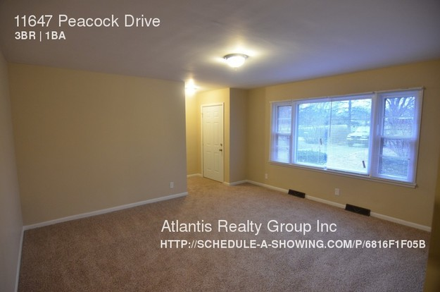 3 Bedrooms 1 Bathroom House for rent at 11647 Peacock Drive in Indianapolis, IN