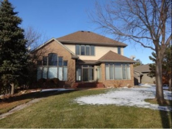 4 Bedrooms 3 Bathrooms House for rent at 2116 Hickory Lane in Oshkosh, WI